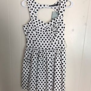 New Ark & Co black/white polka dot dress. M